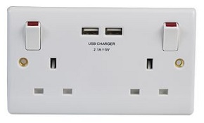 13A Switched Double Socket with USB